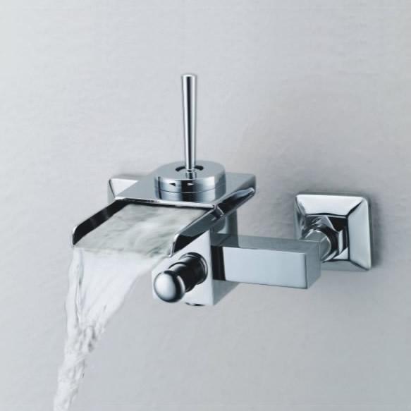 Single Handle Wall Mount Waterfall Bathroom Sink Tap Or