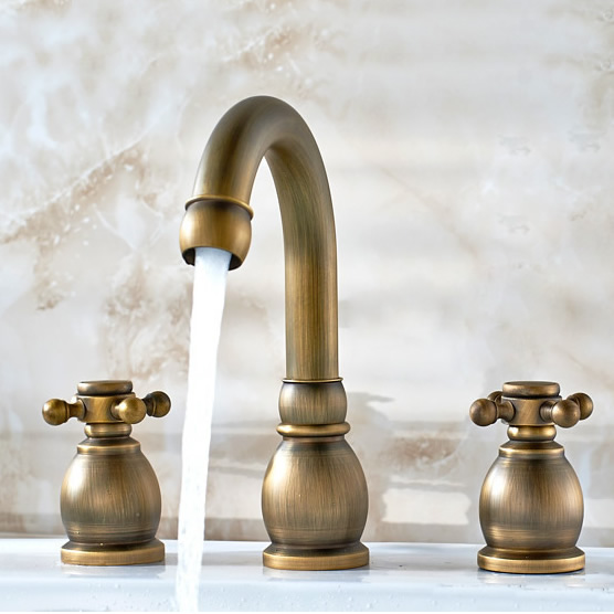 Antique Brass Widespread Bathroom Sink Tap T1808K [T1808K] - £69.99 :