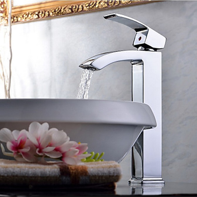 Contemporary Chrome One Hole Single Handle Bathroom Sink Tap TQ0531H