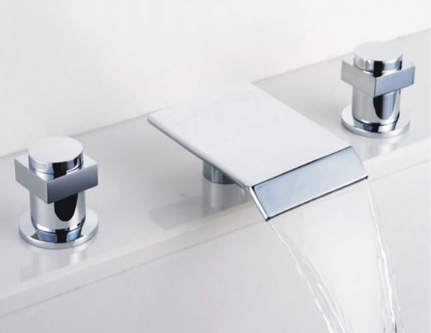 Contemporary Waterfall Bathroom Sink Tap Chrome Finish Widespread T7701
