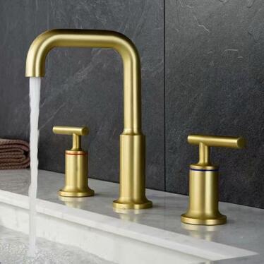 Antique Brass Matte Golden Three Pieces Bathroom Sink Taps Bath Taps